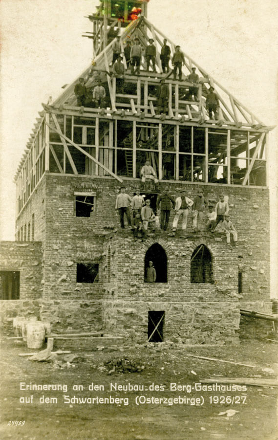 Neubau des Berggasthauses Schwartenbergbaude im Erzgebirge 1926/1927