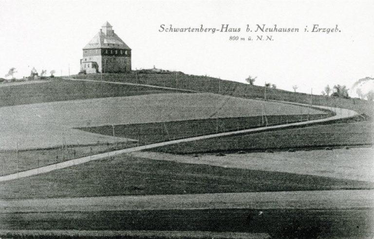 Historische Aufnahme der Schwartenbergbaude bei Neuhausen/Erzgebirge